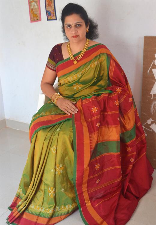 Buy Irkal Sarees Online Kashida Sarees Online Kasuti Saree